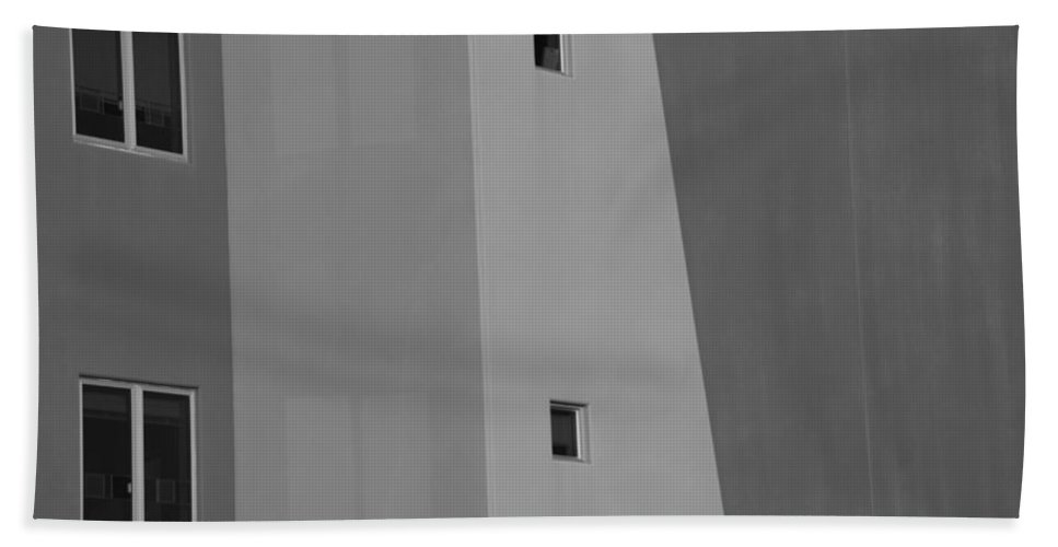 Architecture Beach Towel featuring the photograph Qw School In Black And White by Rob Hans