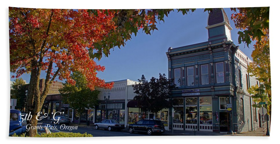 5th And G Beach Towel featuring the photograph 5th And G Street In Grants Pass With Text by Mick Anderson