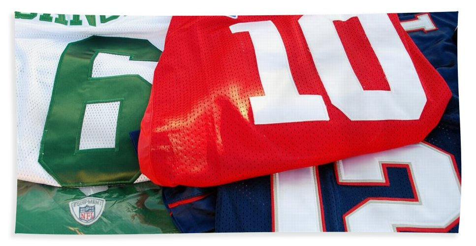 New York Giants Beach Towel featuring the photograph 6 10 12 by Rob Hans