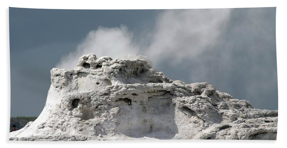 Geyser Beach Towel featuring the photograph A Beautiful Geyser by Living Color Photography Lorraine Lynch