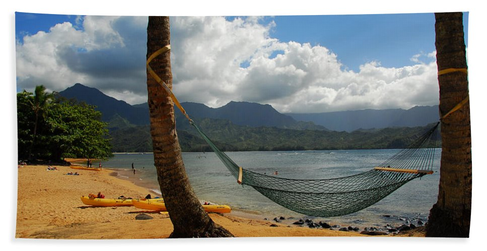 Hawaiian Islands Beach Towel featuring the photograph A Place To Hang by Lynn Bauer