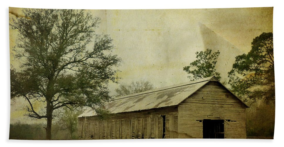 Old Beach Towel featuring the photograph Abandoned Tobacco Barn by Carla Parris