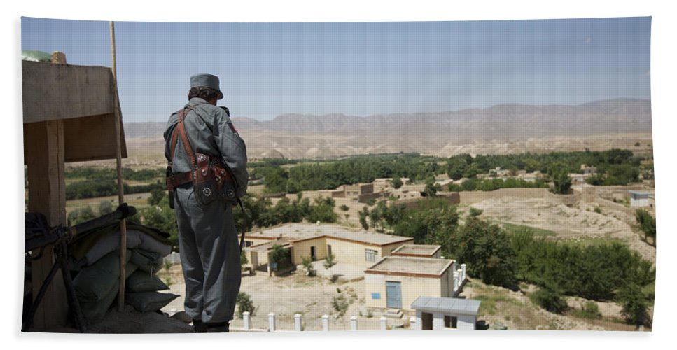 Afghanistan Beach Towel featuring the photograph Afghan Policeman Standing by Terry Moore