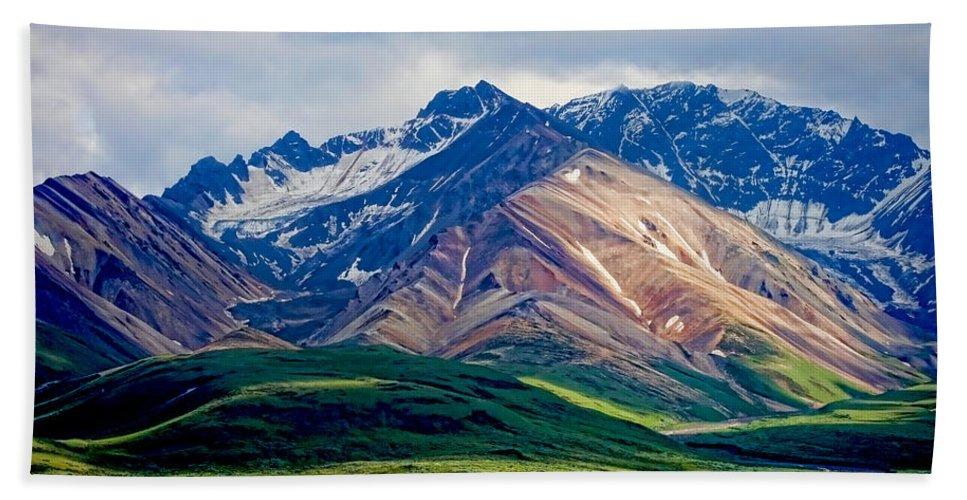 Denali Beach Towel featuring the photograph Alaskan Range by Heather Applegate