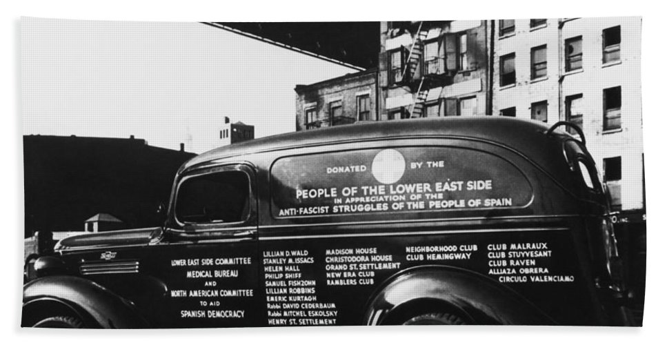 Historic Beach Towel featuring the photograph Ambulance, Late 1930s, Nyc by Photo Researchers