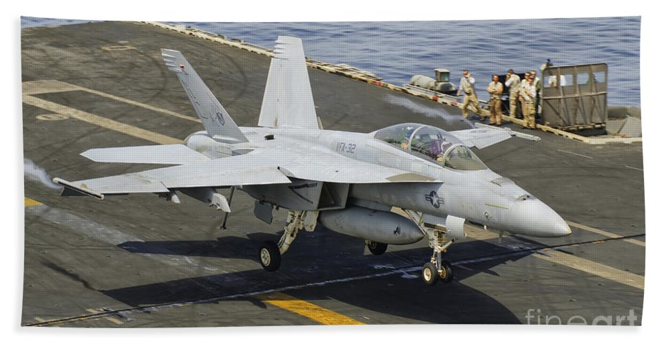 Transportation Beach Towel featuring the photograph An Fa-18e Super Hornet Trap Landing by Giovanni Colla