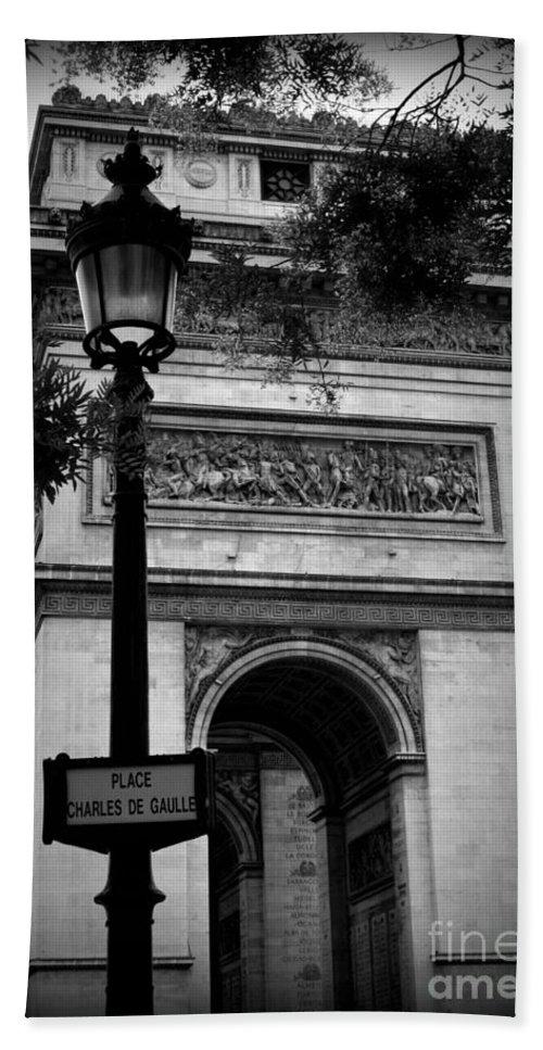 Paris Beach Towel featuring the photograph Arc De Triomphe - Black And White by Carol Groenen