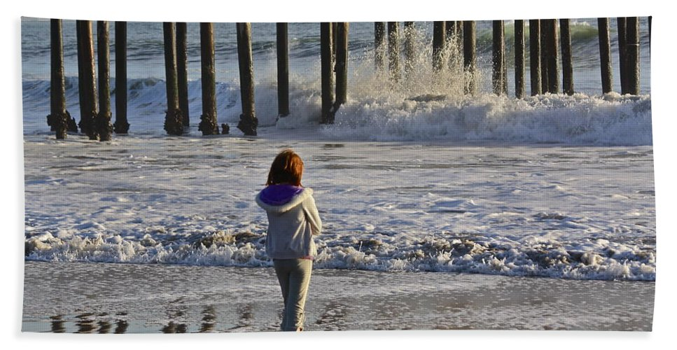 Sea Beach Towel featuring the photograph At The Pier by Diana Hatcher