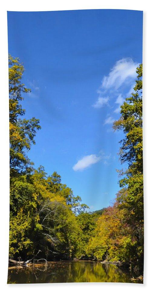 Autumn Beach Towel featuring the photograph Autumn In Pennsylvania by Bill Cannon
