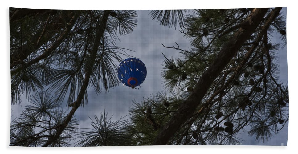 Hot Air Balloons Beach Towel featuring the photograph Balloon In The Pines by Kim Henderson