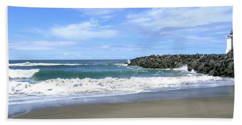 South Jetty Beach Towel featuring the photograph Bandon South Jetty by Will Borden