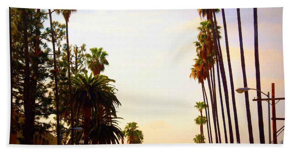 Beverly Hills Beach Towel featuring the photograph Beverly Hills In La by Susanne Van Hulst