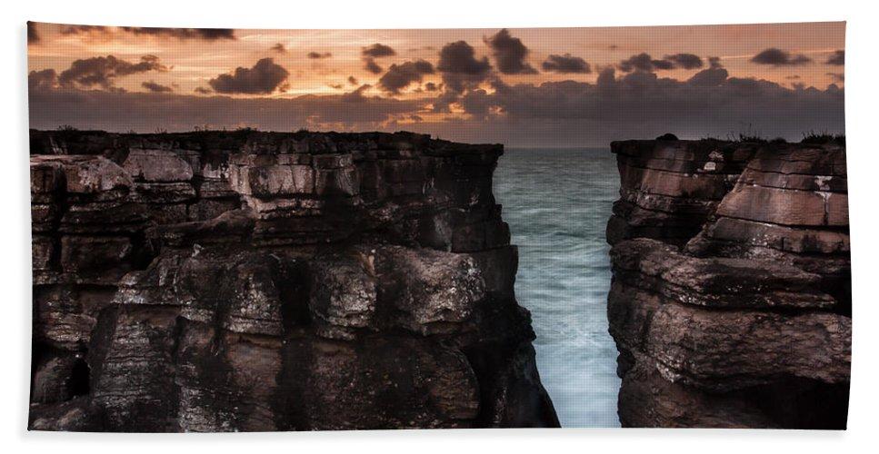 Breach In The Wall Beach Towel featuring the photograph Breach In The Wall by Edgar Laureano