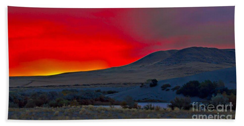 Sunrise Beach Towel featuring the photograph Bruneau Sunrise by Robert Bales