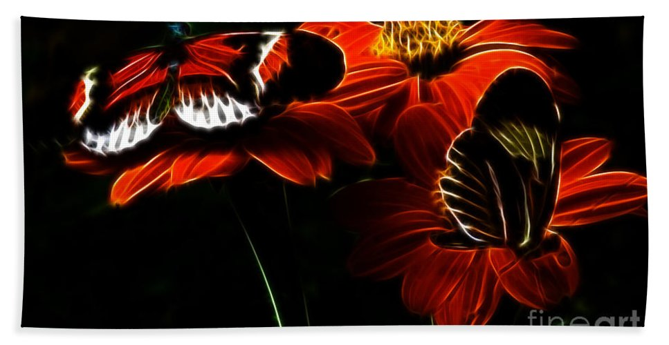Butterfly Beach Towel featuring the photograph Butterfly Duet by Darleen Stry