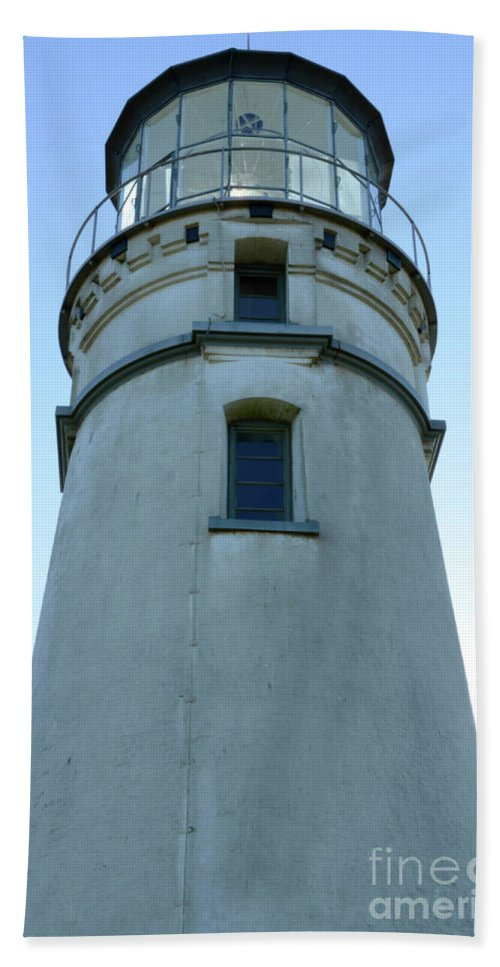 Pacific Ocean Beach Towel featuring the photograph Cape Blanco Light by Bob Christopher