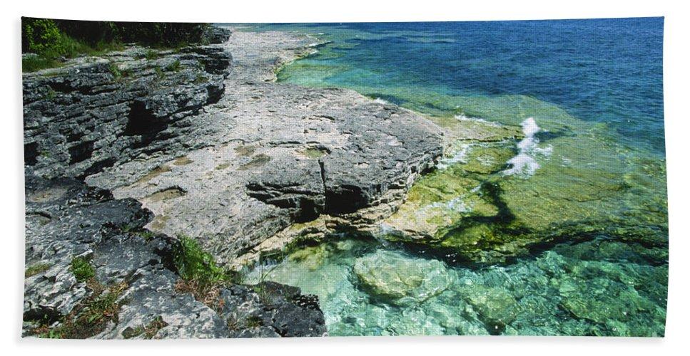 Bronstein Beach Towel featuring the photograph Cave Point Vista by Sandra Bronstein