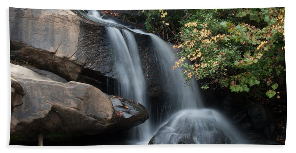 chau-ram Beach Towel featuring the photograph Chau-ram Falls by Lynne Jenkins