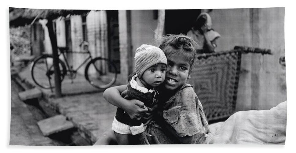 Asia Beach Towel featuring the photograph Children In Agra In India by Shaun Higson