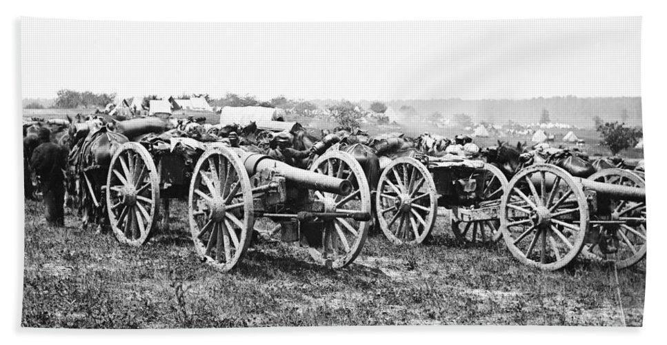 1862 Beach Towel featuring the photograph Civil War: Parrott Guns by Granger