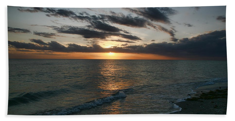 Sunset Beach Towel featuring the photograph Classic Sunset by Shari Jardina
