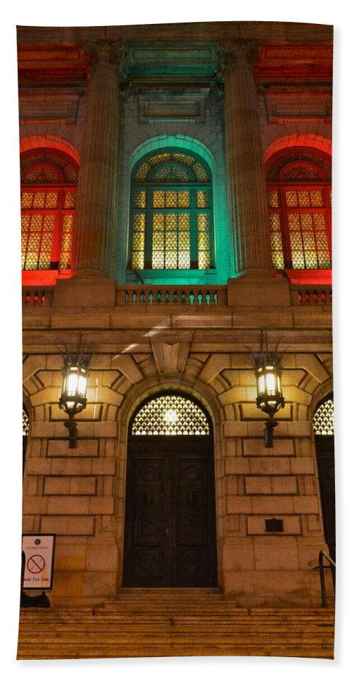 Night Beach Towel featuring the photograph Cleveland Courthouse by Frozen in Time Fine Art Photography