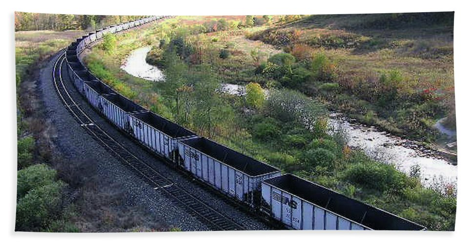2d Beach Towel featuring the photograph Coal Train - Johnstown by Brian Wallace
