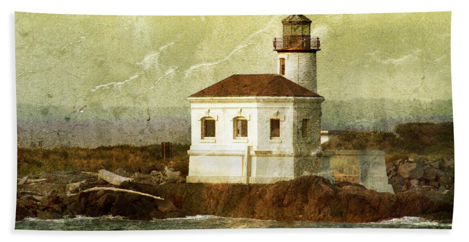 Lighthouse Beach Towel featuring the photograph Coquille River Lighthouse by Jill Battaglia
