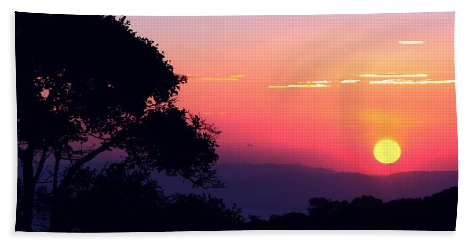 Sunset Beach Towel featuring the photograph Costa Rica Sunset by Myrna Bradshaw