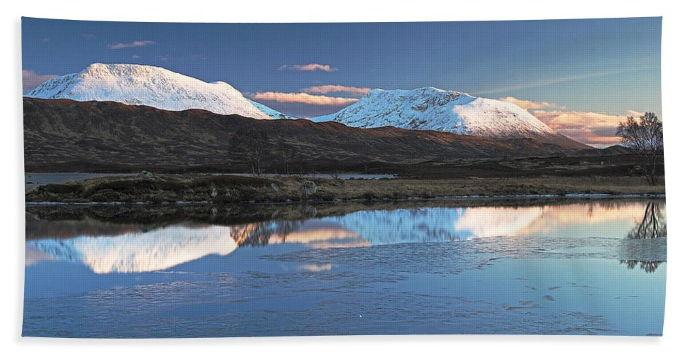 Scotland Beach Towel featuring the digital art Crianlarich Sunset by Pat Speirs