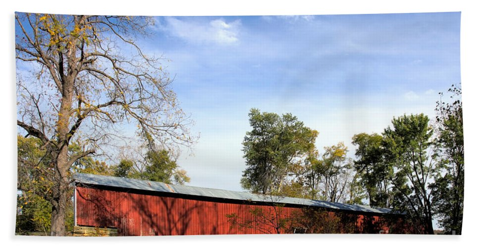 Americana Beach Towel featuring the photograph Crooks Covered Bridge by Alan Look
