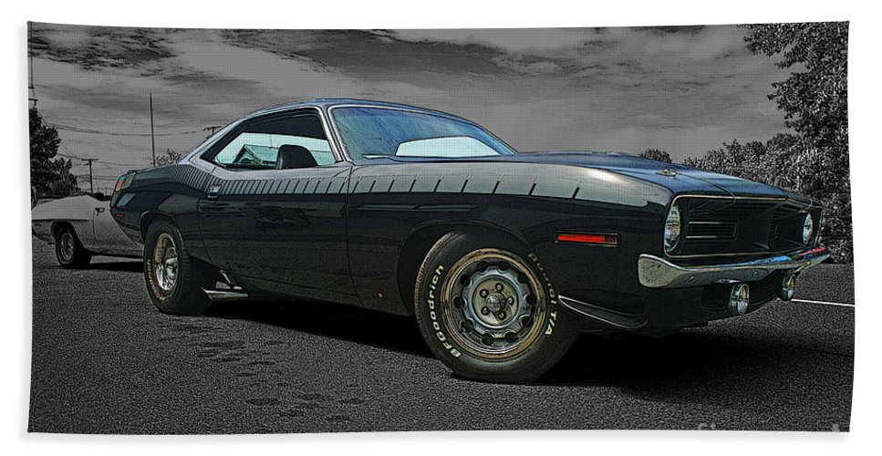 Cars Beach Towel featuring the photograph Cuda Rra by Randy Harris