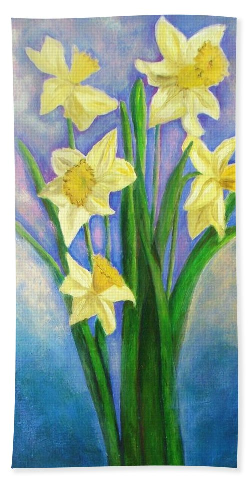 Flowers Beach Towel featuring the painting Daffodils by Vesna Antic