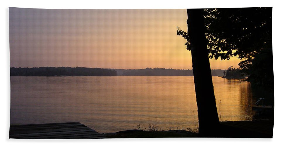 Sunset Beach Towel featuring the photograph Day's End by Shirley Radebach
