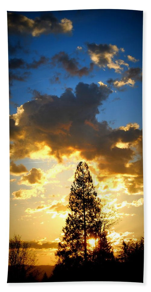 Sunrise Beach Towel featuring the photograph Dramatic Sunrise II by Kathy Sampson