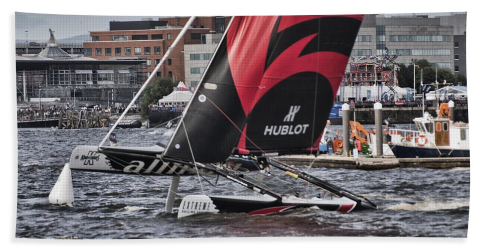 Extreme 40 Catamarans Beach Towel featuring the photograph Extreme 40 Team Alinghi 2 by Steve Purnell
