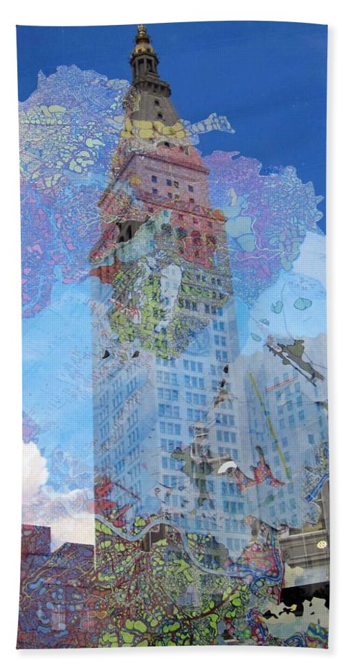 Reflections Beach Towel featuring the photograph Flatiron Reflections by Stefa Charczenko