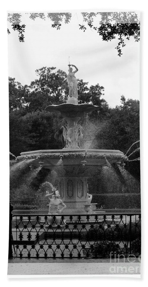 Forsyth Park Beach Towel featuring the photograph Forsyth Park Fountain - Black And White by Carol Groenen