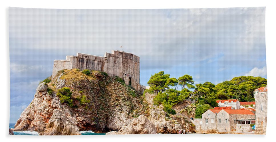 Fort Beach Towel featuring the photograph Fort Lovrijenac In Dubrovnik by Artur Bogacki