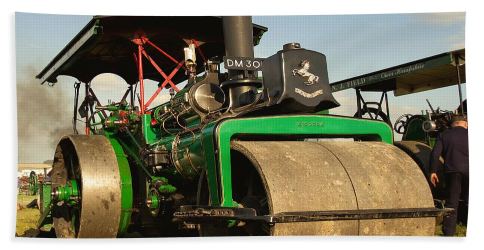 Fred Dibnah Beach Towel featuring the photograph Fred's Betsy by Rob Hawkins