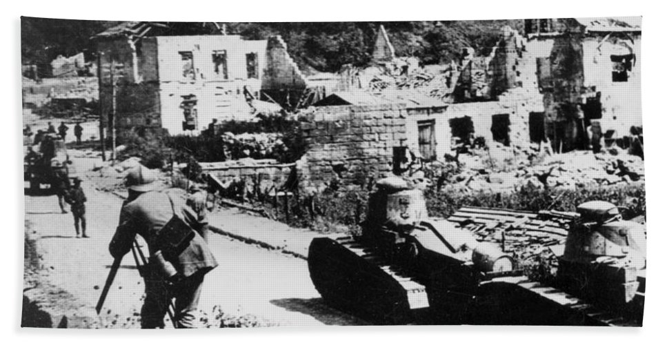French Beach Towel featuring the photograph French Renault Wwi Tanks - France by International Images