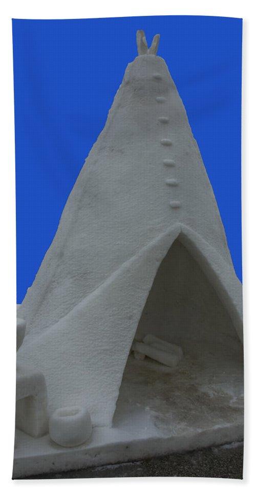 Usa Beach Towel featuring the photograph Frosted Tee Pee by LeeAnn McLaneGoetz McLaneGoetzStudioLLCcom