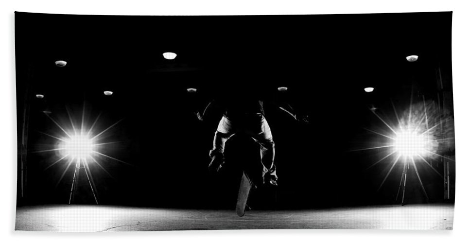 Skate Beach Towel featuring the photograph Game Of Skate by Cale Best