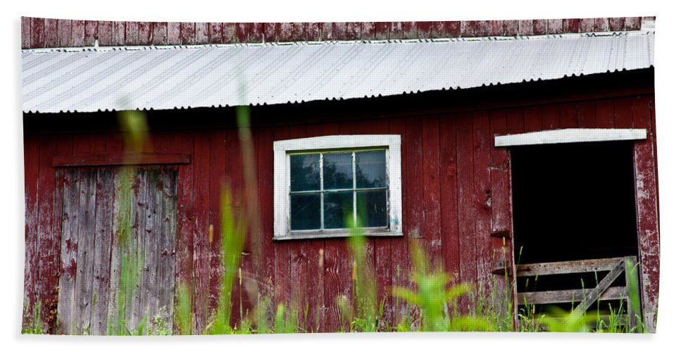 Red Barn Beach Towel featuring the photograph Good Ole Red Barn by Karol Livote