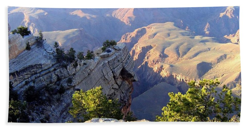 Grand Canyon Beach Towel featuring the photograph Grand Canyon 18 by Will Borden