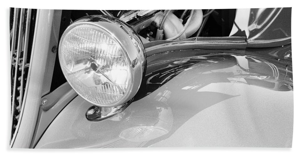 Antique Beach Towel featuring the photograph Headlights 5 by Skip Nall