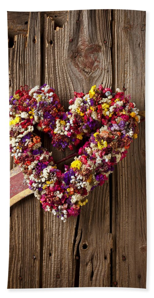 Heart Beach Towel featuring the photograph Heart Wreath With Weather Vane Arrow by Garry Gay