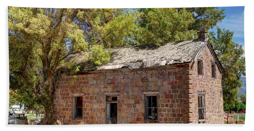 Ruin Beach Towel featuring the photograph Historic Ruined Brick Building In Rural Farming Community - Utah by Gary Whitton