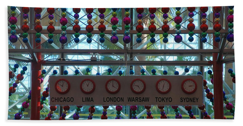 Clock Beach Towel featuring the photograph Holiday Time by Richard Bryce and Family