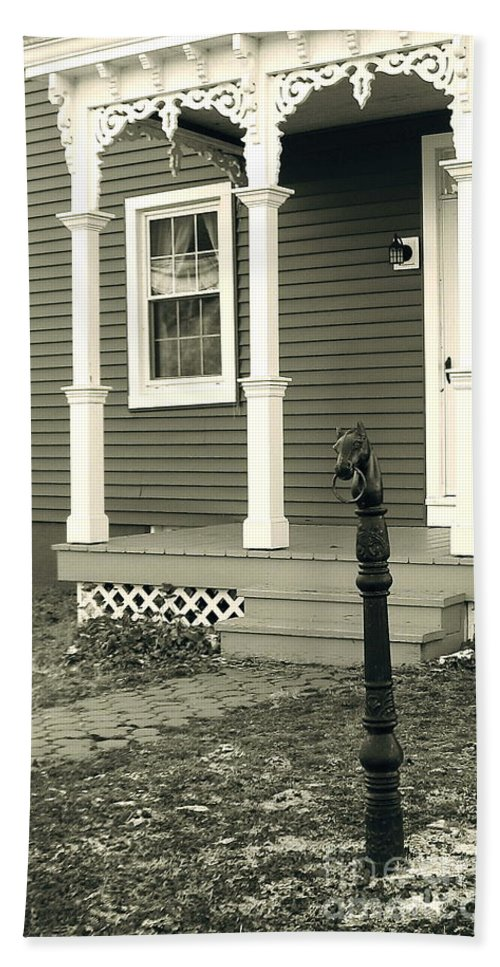 Horse Hitching Post Beach Towel featuring the photograph Horse Hitching Post by Nancy Patterson